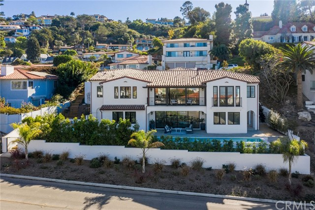 725 Via Del Monte, Palos Verdes Estates, California 90274, 4 Bedrooms Bedrooms, ,4 BathroomsBathrooms,For Sale,Via Del Monte,SB20261376