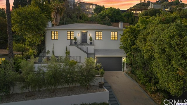 4211 Cromwell Avenue, Los Angeles, CA 90027