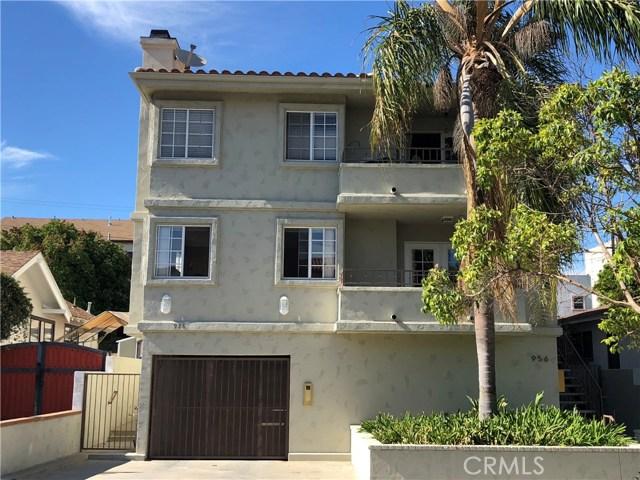 956 10th Street, San Pedro, California 90731, 3 Bedrooms Bedrooms, ,2 BathroomsBathrooms,Condominium,For Sale,10th,SB18176891
