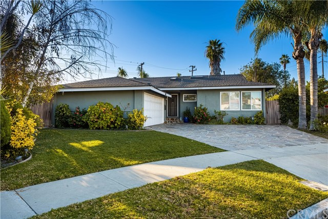 Photo of 802 Lees Avenue, Long Beach, CA 90815