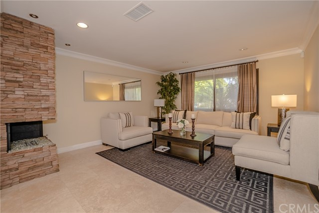 17421 Klee St, Sherwood Forest, CA 91325 Photo 6