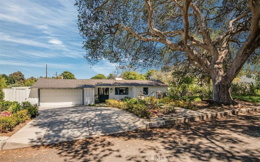 Photo of 204 Via Alcance, Palos Verdes Estates, CA 90274