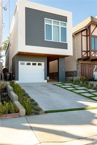 1523 Wollacott Street, Redondo Beach, California 90278, 4 Bedrooms Bedrooms, ,1 BathroomBathrooms,For Sale,Wollacott,SB20025118
