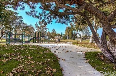 Turtle Rock Community Park, has walking areas, tennis courts, volleyball, picnic areas, green belt, nature center, community building, after school programs and more.