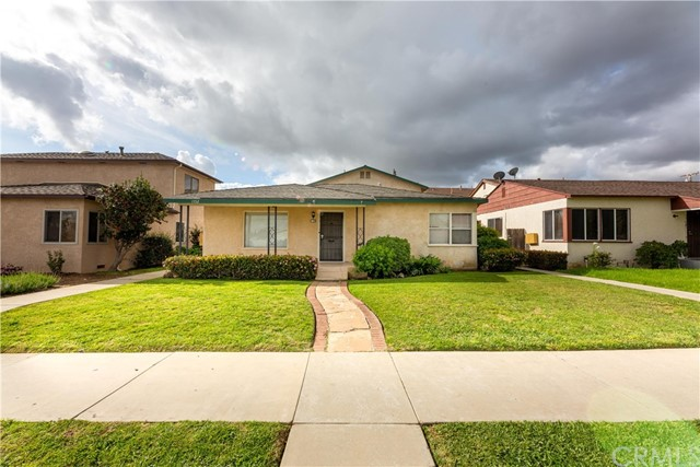 1752 E Carson Street, Long Beach, CA 90807