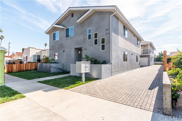 1255 8th, San Pedro, California 90731, ,Residential Income,For Sale,8th,SB20020108