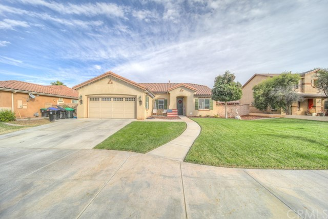 1030 Indiangrass Drive, Hemet, CA 92545