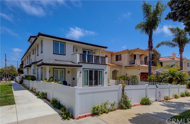 703 Avenue A, Redondo Beach, CA 90277