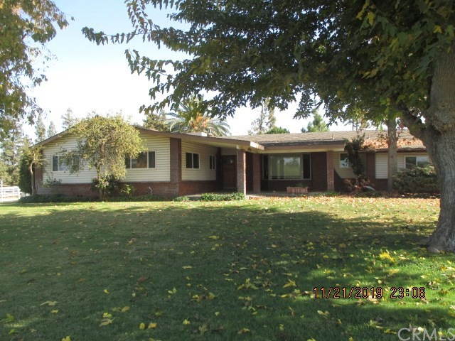 3454 N Mccall Avenue, Sanger, CA 93657