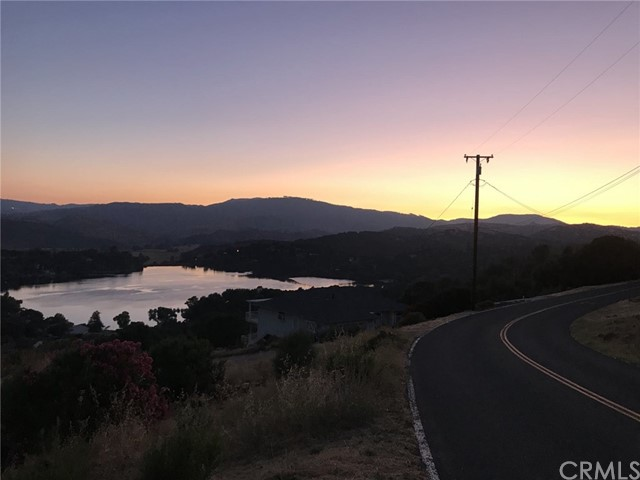 19512 Stonegate Rd, Hidden Valley Lake, CA 95467 Photo 20