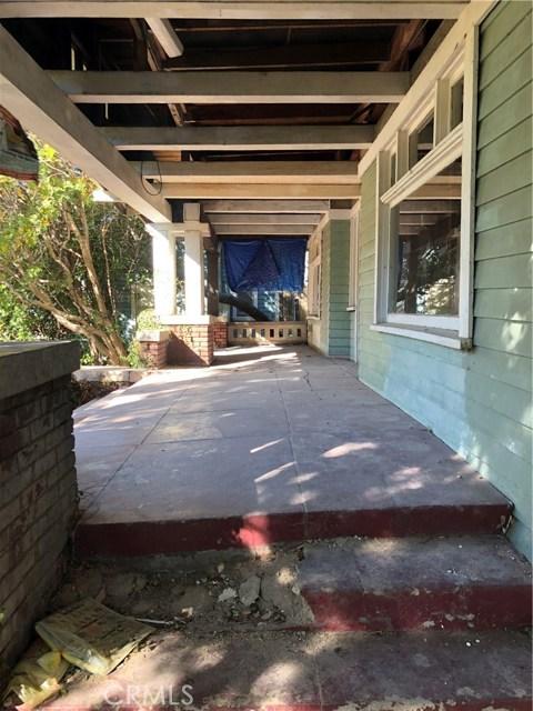 943 E Elizabeth St, Pasadena, CA 91104 Photo 2