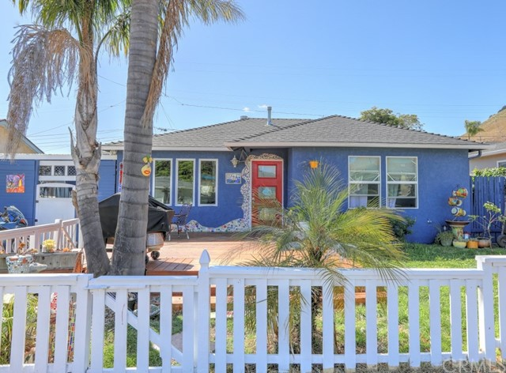 142 Pier Avenue, Pismo Beach, CA 93449