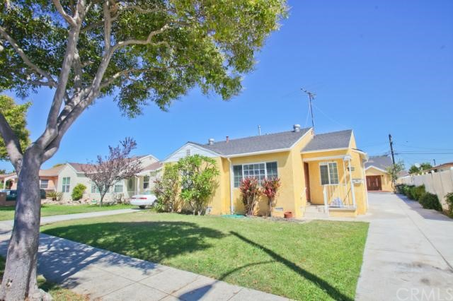 Gorgeous rear unit on a quiet tree lined street in Lawndale! Completely upgraded cozy 3 BD 2 BA with approximately 1500 SF. Beautiful hardwood floors, tile in kitchen and baths, stainless steel appliances, granite counters, dual pane windows and 2 car garage. Centrally located close to South Bay Galleria, freeway and short ride to the beach! Don't miss this one!