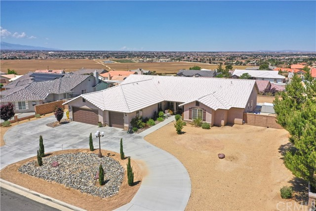 20248 Majestic Drive, Apple Valley, CA 92308