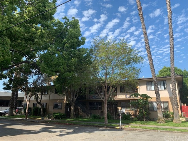 405 W 10th Street, Santa Ana, CA 92701