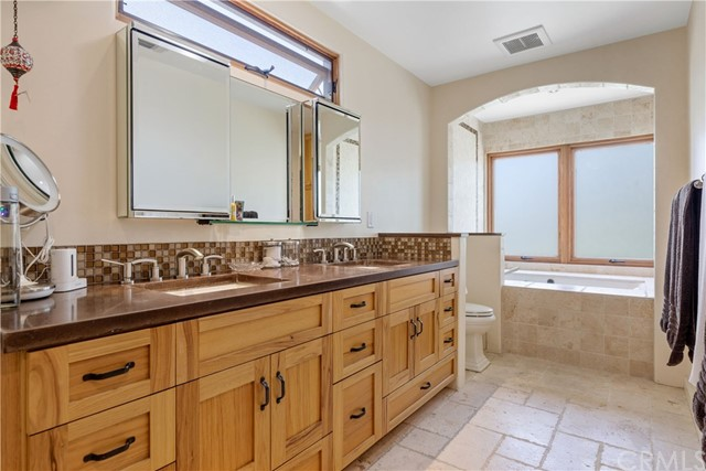 459 Longfellow Avenue, Hermosa Beach, California 90254, 4 Bedrooms Bedrooms, ,2 BathroomsBathrooms,For Sale,Longfellow,SB20241073