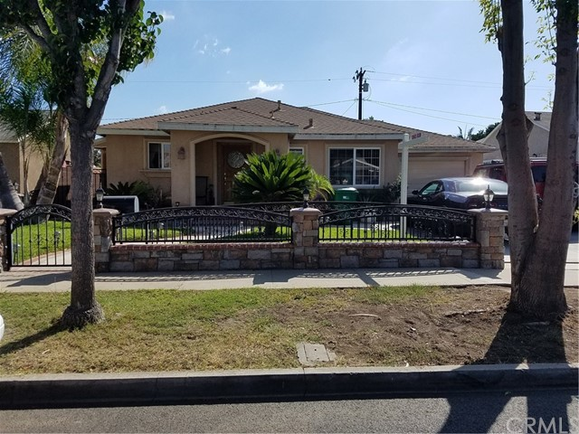 1638 W 12th Street, Santa Ana, CA 92703