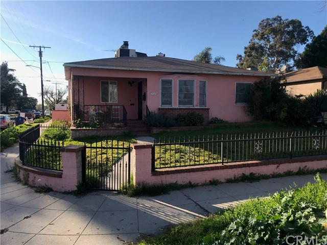 6203 Morella Avenue, North Hollywood, CA 91606