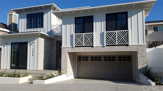 1246 20th Place, Hermosa Beach, California 90254, 5 Bedrooms Bedrooms, ,4 BathroomsBathrooms,For Sale,20th,SB19212810