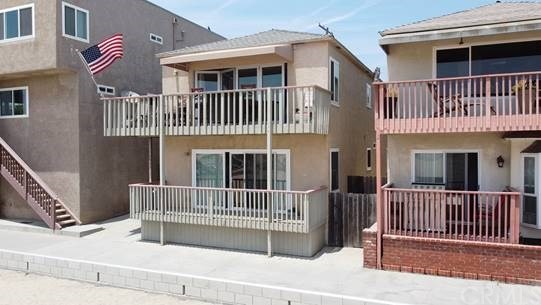 1003 Seal Way, Seal Beach, CA 90740