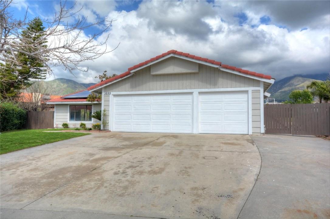 1695 La Praix Street, Highland, CA 92346