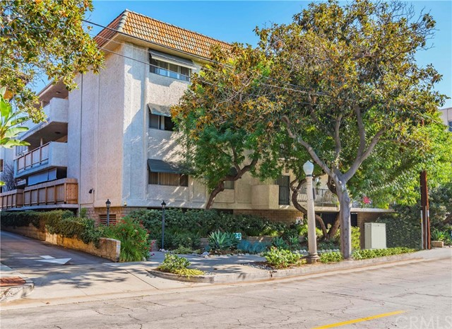 266 S Madison Avenue 102, Pasadena, CA 91101