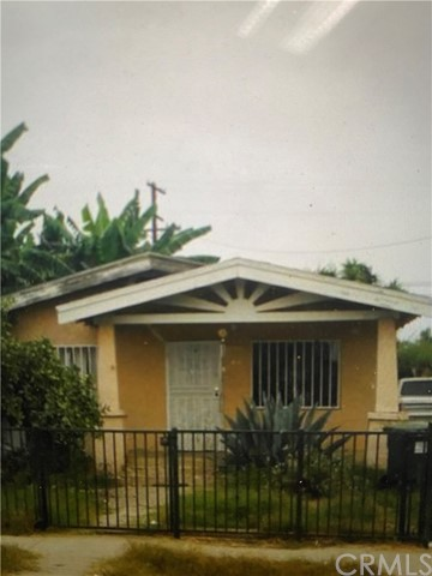 1215 E 77th Street, Los Angeles, CA 90001