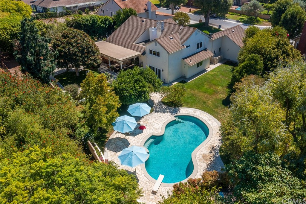 Photo of 17 Country Meadow Road, Rolling Hills Estates, CA 90274