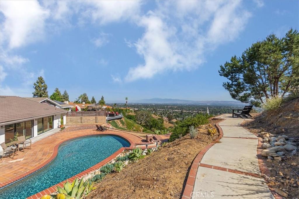 Photo of 664 W Napa Court, Claremont, CA 91711