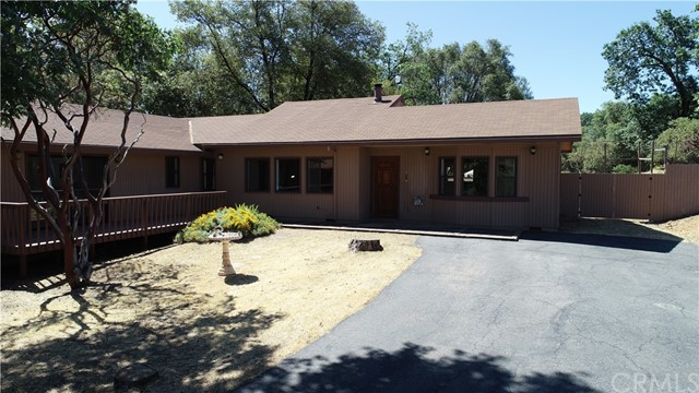 NICE SIZED HOME WITH 2020 SF. FIVE ACRES. LOTS OF IMPROVEMENTS.