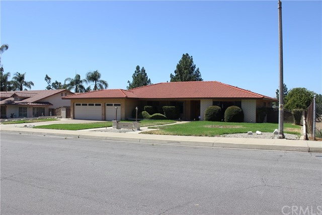 2323 Forbes Avenue, Claremont, CA 91711