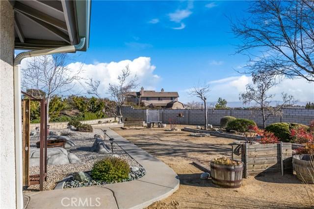 10260 Whitehaven St, Oak Hills, CA 92344 Photo 10
