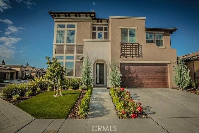 1929 E Via Fiore Avenue, Fresno, CA 93730