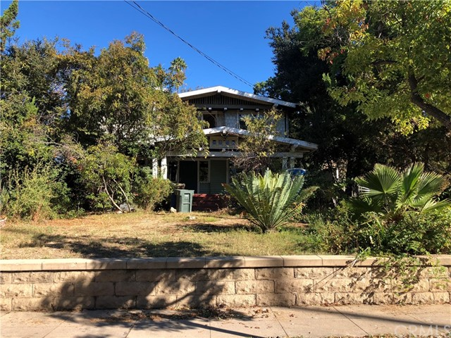 943 E Elizabeth Street, Pasadena, CA 91104