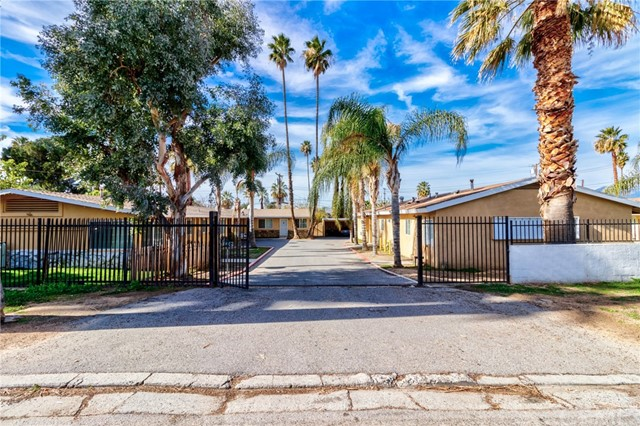 411 Pacific Avenue, Riverside, CA 92507
