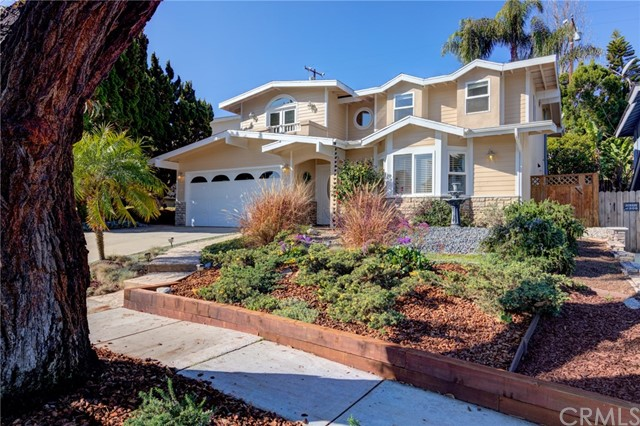 609 Susana Avenue, Redondo Beach, California 90277, 4 Bedrooms Bedrooms, ,3 BathroomsBathrooms,For Sale,Susana,SB21041011