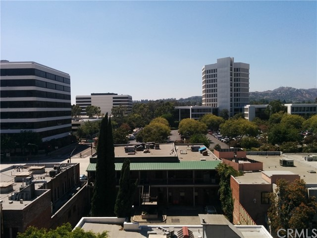 125 N Raymond Av, Pasadena, CA 91103 Photo 6