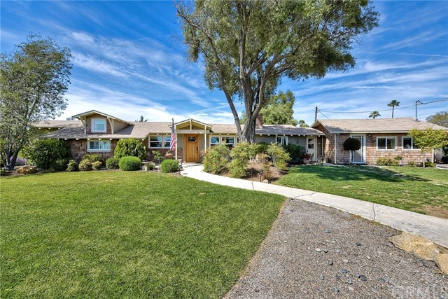 1460 Hillcrest Lane, Fallbrook, CA 92028