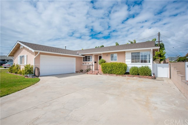 8391 Enfield Circle, Huntington Beach, CA 92646