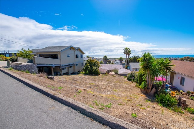 2551 Koa Avenue, Morro Bay, CA 93442
