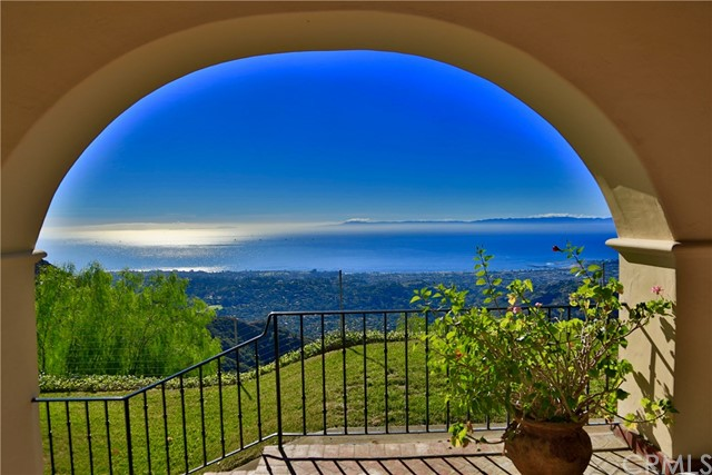 2835 Gibraltar Road, Santa Barbara, CA 93105