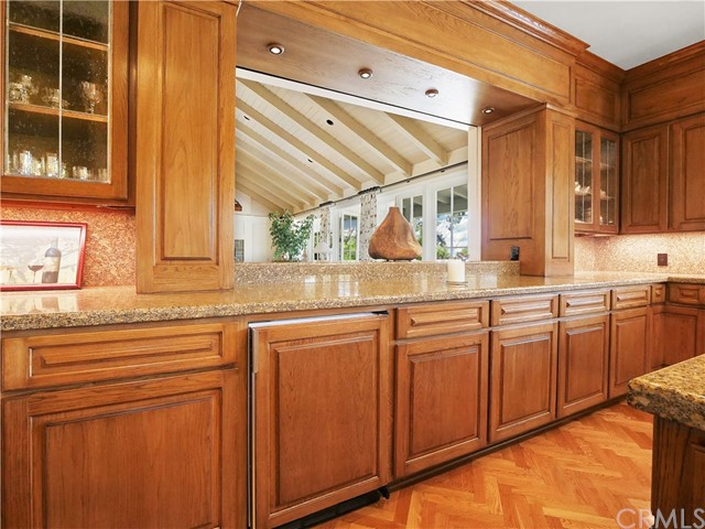 Kitchen with pocket opening