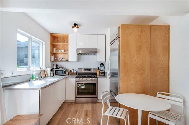 212 43rd Street, Manhattan Beach, California 90266, 3 Bedrooms Bedrooms, ,1 BathroomBathrooms,For Sale,43rd,SB20210235