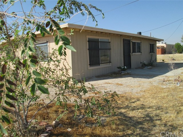 33459 Rabbit Springs Rd, Lucerne Valley, CA 92356 Photo 9