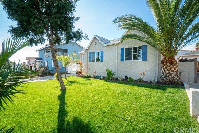 203 Harbor View Avenue, San Pedro, California 90732, 3 Bedrooms Bedrooms, ,2 BathroomsBathrooms,Single family residence,For Sale,Harbor View,PV20014828