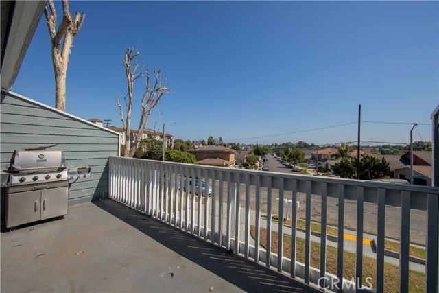 48. 185 E Pepper Drive Long Beach, CA 90807