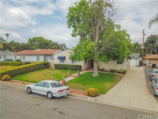 216 S Meadow Road West Covina, CA 91791