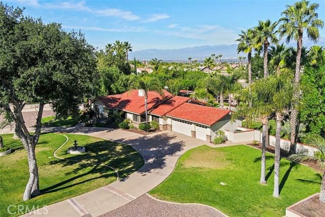 885 Encanto Street, Corona, CA 92881