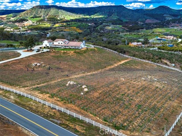 23920 La Vella Road, Temecula, CA 92590
