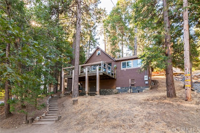 338 Rate Road, Crestline, CA 92322